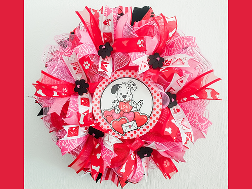 Sending Love Valentines Day wreath dog pink red decor paw print heart ribbons decor Abu Dhabi Dubai Al Ain Gateway Art Sales