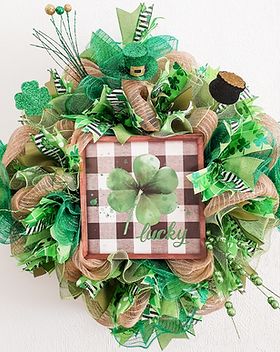 Lucky St Patricks Day wreath 2022 decor Green front door decoration for sale in our secure online shop in Abu Dhabi Al Ain Dubai UAE Gateway Art Sales LLC