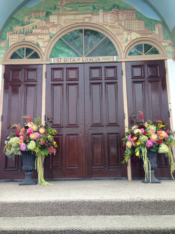 wedding ceremony arrangements
