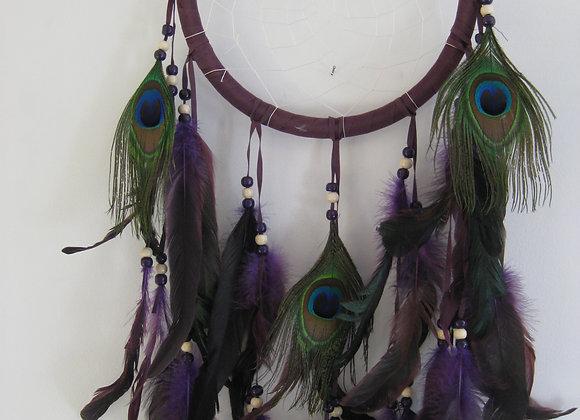 Påfugl. Mørk lilla drømmefanger