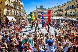 """ESTRENO del Espectáculo """"BIG DANCERS"""" de la Compañía EL CARROMATO en la 17 Feria de Teatro"""