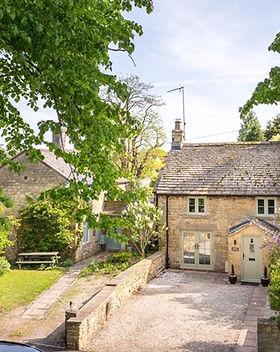 1 - peony cottage - gl56 0la - web.jpg
