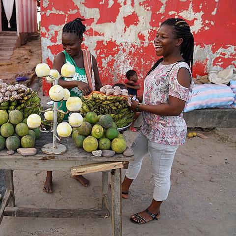 Elmina Street Vendor
