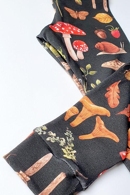Autumn fungi leggings
