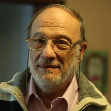 SOBRE OTIMISMO EM MEIO AO CAOS POLÍTICO: UMA ENTREVISTA COM MARIO TOER