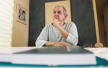 WANDERLEY GUILHERME DOS SANTOS: CIÊNCIA POLÍTICA E DEMOCRACIA
