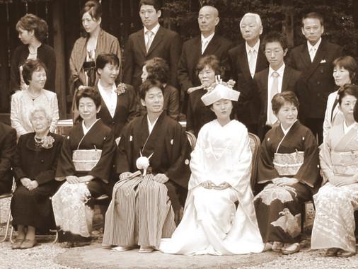 חתונות יפניות: נראה כי הזמן עמד מלכת...