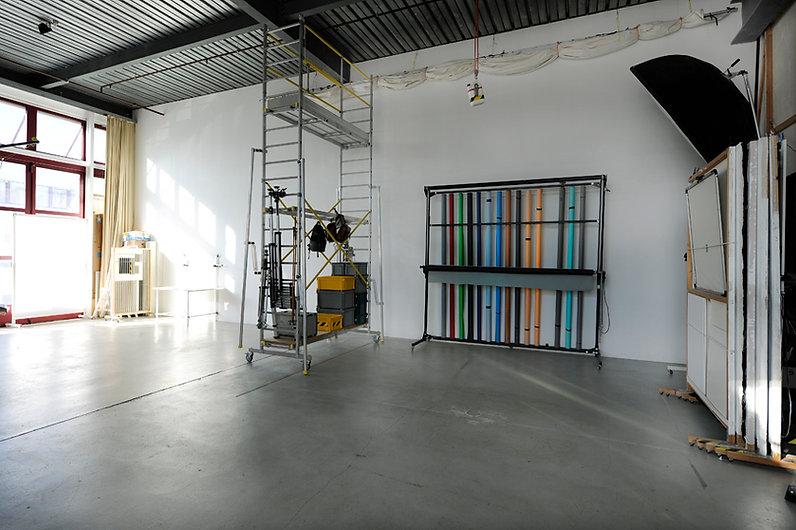 studio D5.jpg
