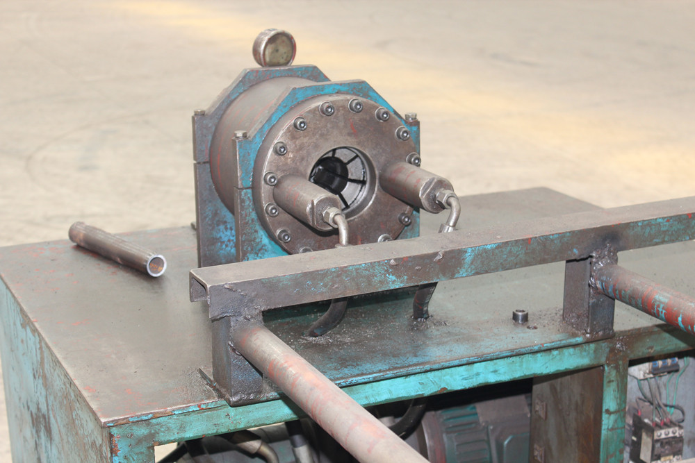 Pipe Pressing Machine