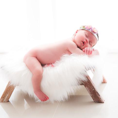 newborn-gabriella-lr-20.jpg