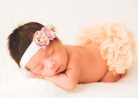 2020-06-19-Newborn-Mirella-Debora-17.jpg