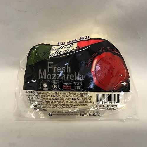 Natural & Kosher Fresh Mozzarella 8oz