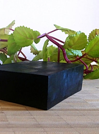 charcoal-soap-bar_zoom.jpg