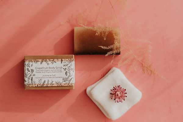 organic cotton pads, grapefruit body scrub naked and with the eco-friendly packaging