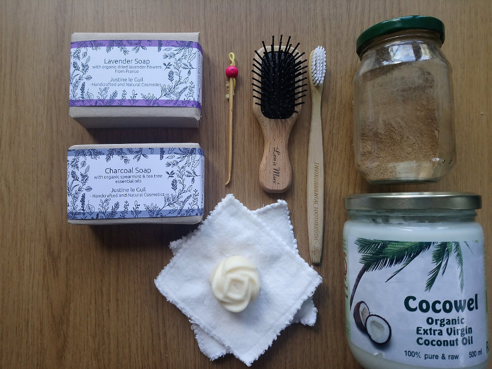 Essential kit soap toothbrush coconut oil Shampoo