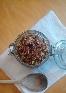 Granola is a great option for a healthy and easy breakfast. However, ready-made Granola can be very expensive especially if you aim for the organic one.