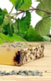 lavender-soap-with-organic-essential-oil