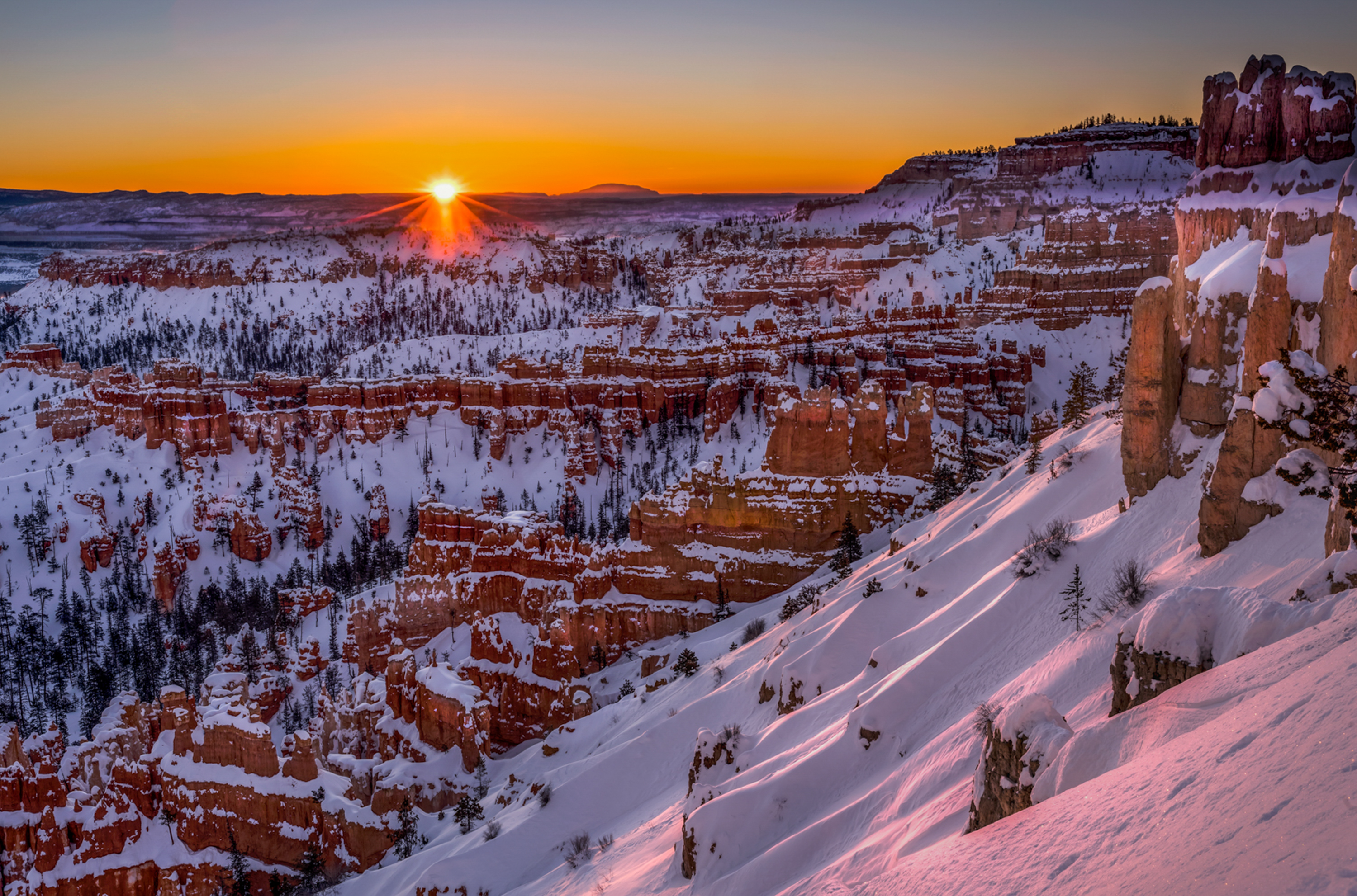 Morning in Bryce Canyon