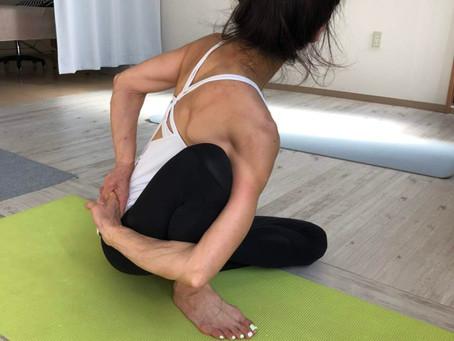 yoga(jόugǝ)の呼吸法で宇宙エネルギーと同化する