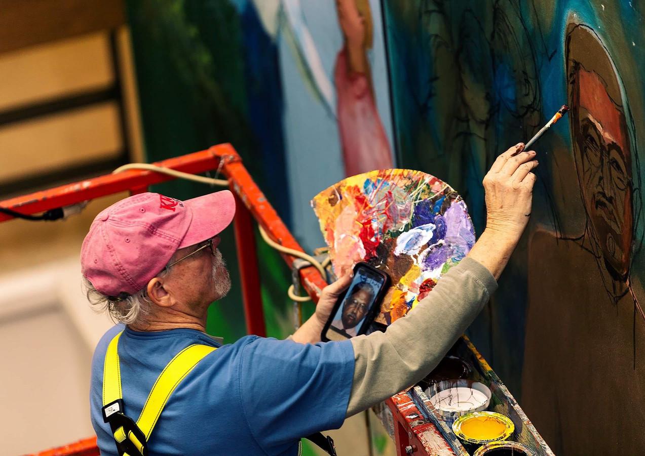 Robert Dafford painting onsite