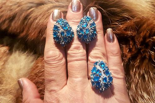 Комплект Неоновый голубой апатит. Серьги. Кольцо