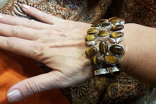 Серебряный браслет с тигровым глазом. 925 проба