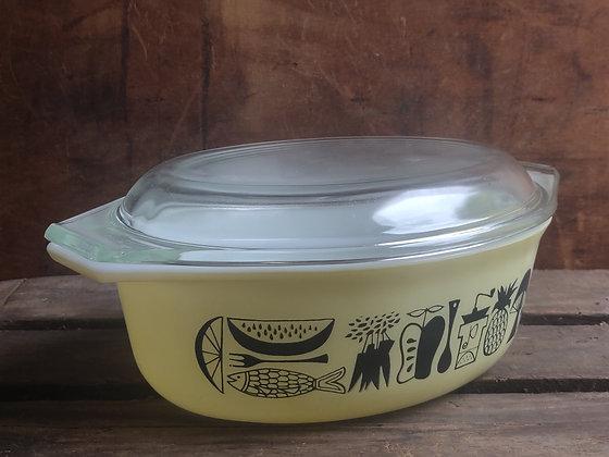 Pyrex NOS 1 1/2 Qt Casserole Dish