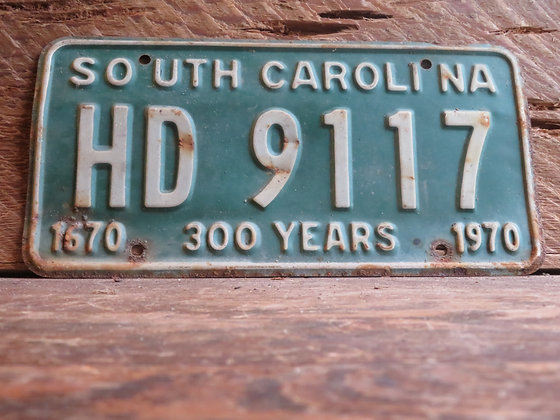 1970 South Carolina TriCentennial License Tag HD 9117 (2)