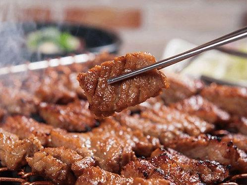 갈비양념돼지목살구이 300g, Porco Temperada de Galbi Coreana Caseiro