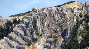 B_Bél-kő hegyvonulat.jpg
