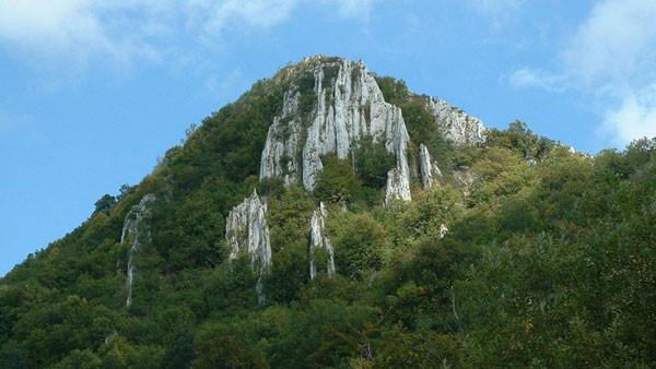 B_Bélkő-hegy Bélapátfalva.jpg