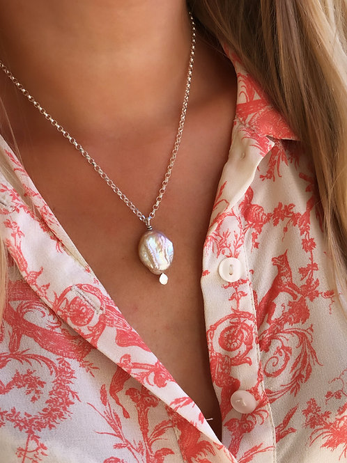 Luxe Pearl Pendant