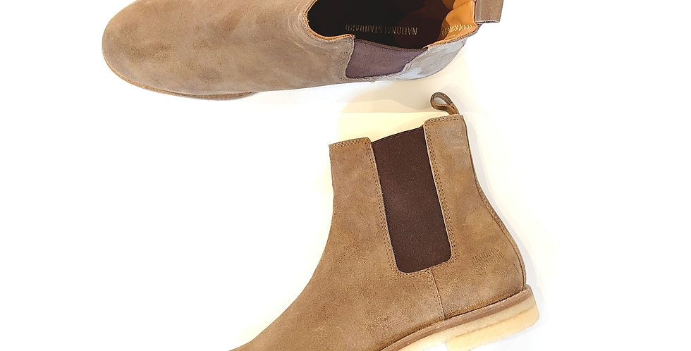 NATIONAL STANDARD  sidegoar boots with crepe sole