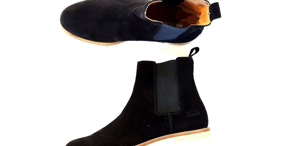 NATIONAL STANDARD  suede side goar boots with crepe sole