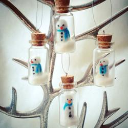 needle felt felted snowman glass