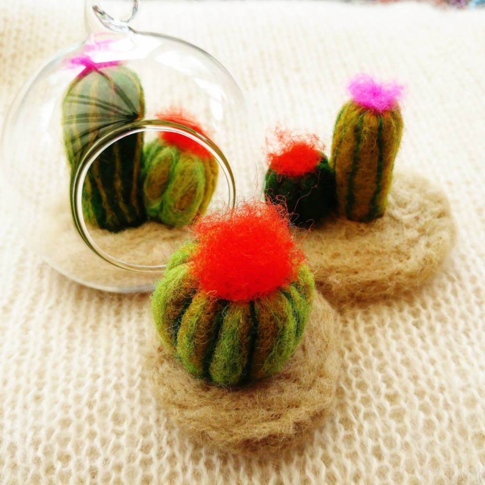 Mini felt cacti and succulents