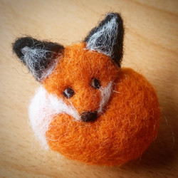 Felt Animal Ornaments and Brooches