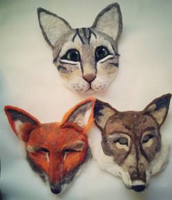 cat-fox-wolf-fox-head-mask-head-face-party-larp-vogue-magazine_apulina_felting_felted_animals_felt_m