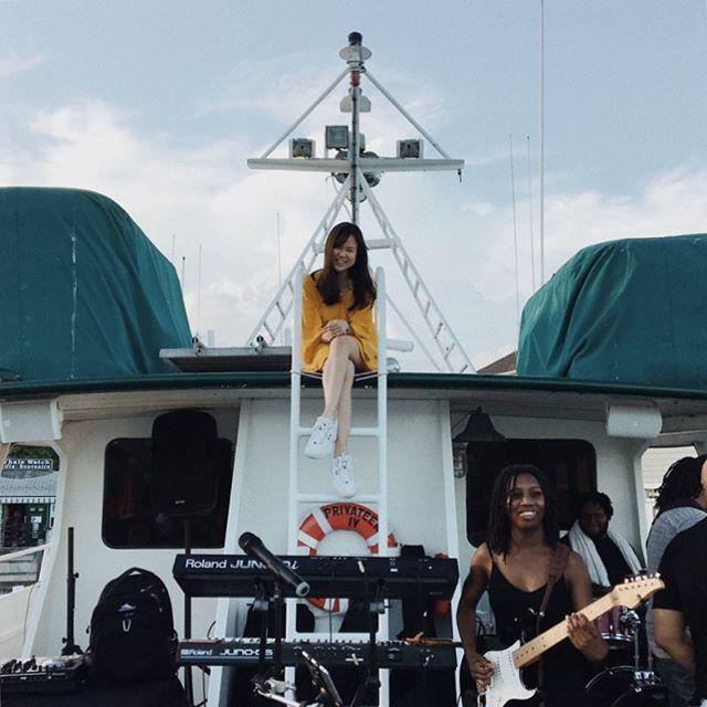 Mo Bounce Boat Gig