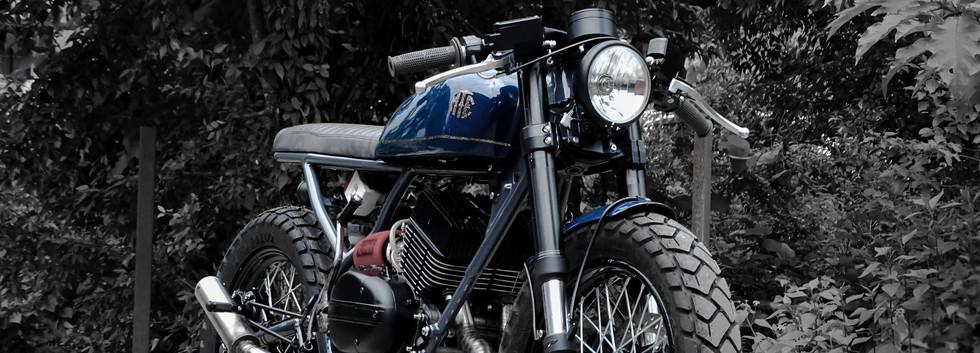 "RD 350 Cafe Racer ""Blue Smoke"""