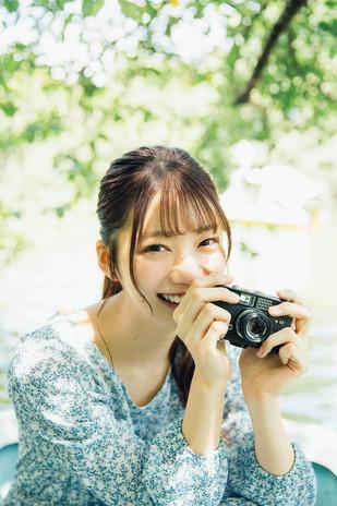 けやき坂46高本彩花美脚あらわなリラックスショットが彼女感全開 (3).jpg