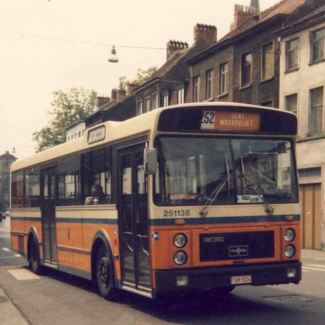 251138-Ganda Cars