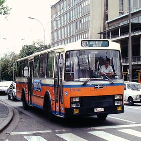 251132-Ganda Cars