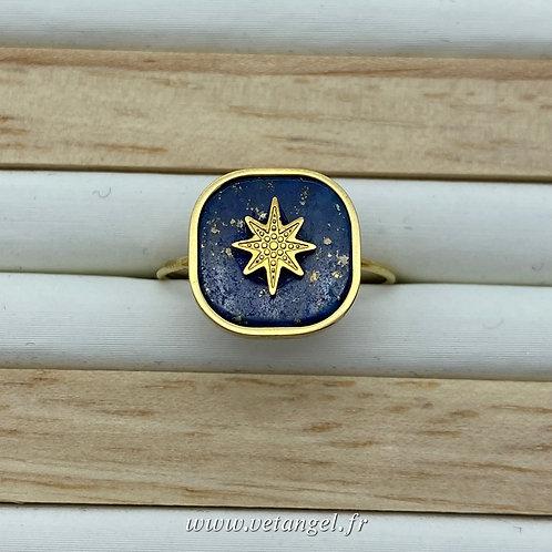 Bague en acier inoxydable carrée pierre naturelle lapiz lazuli avec constellation dorée au centre