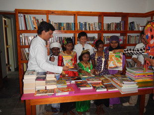 Ready, Set, Read! Maldives Resort Lends a Helping Hand to Build First Public Library on Meedhoo Isla