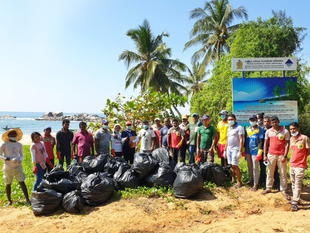 Volunteers in Mauritius and Sri Lanka Clean and Beautify Local Beaches and Villages