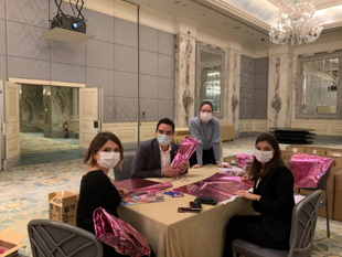 Shangri-La Bosphorus, Istanbul Volunteers Help Brighten The Holiday Season