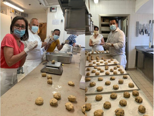 Shangri-La Hotel, Paris Bakes Cookies For Dedicated Police And Fire Brigade