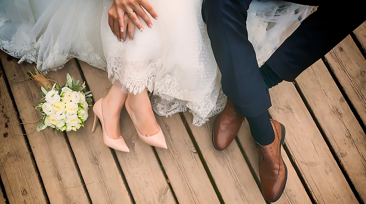 weddingfeet.png