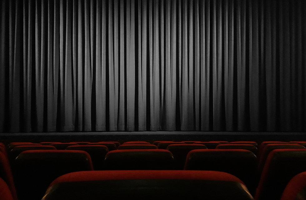 cinema-4609877%20-progressed_edited.jpg